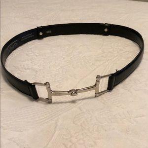 Snaffle bit buckle belt